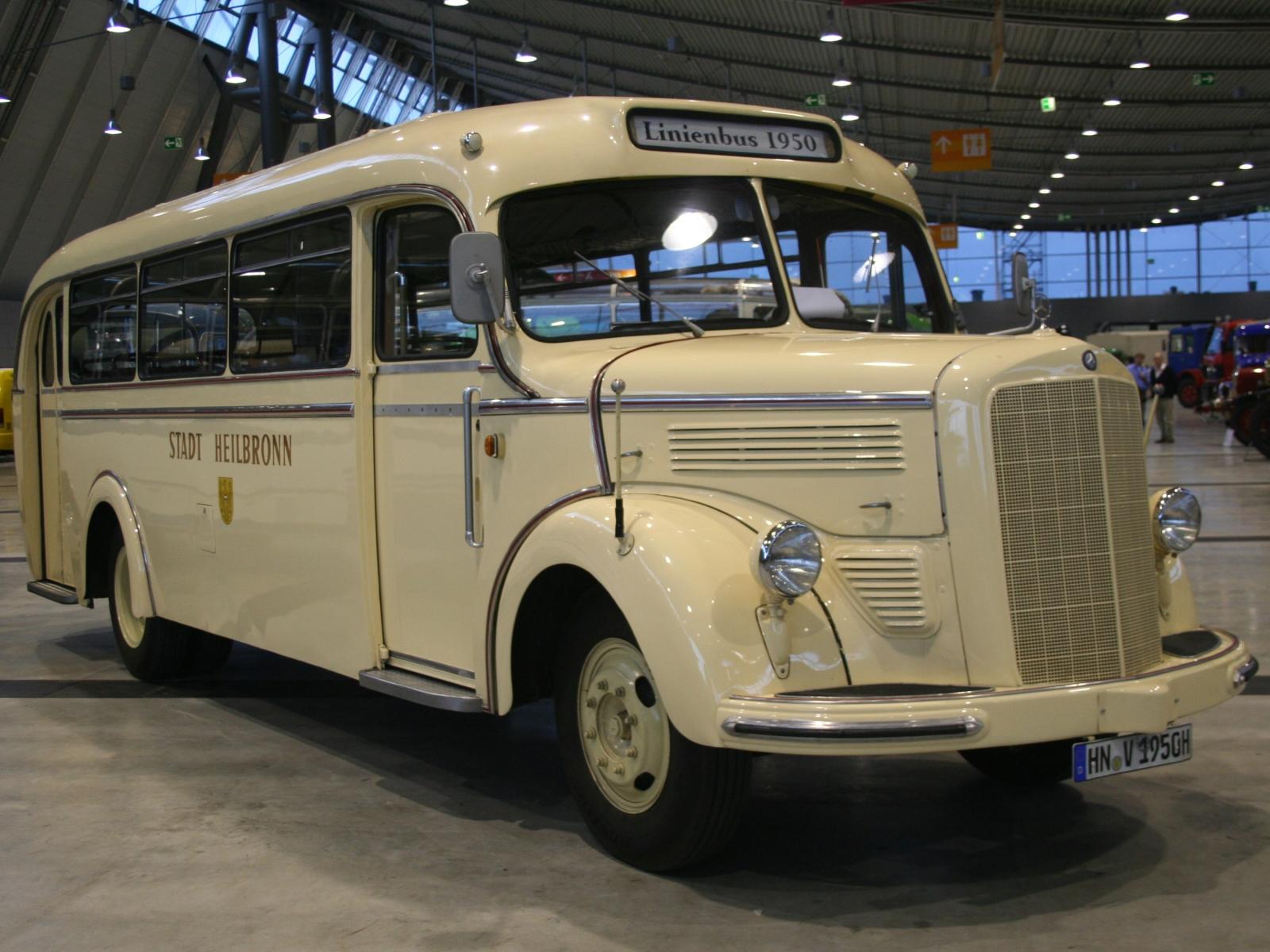 Mercedes benz o 3500 bildersammlung von christof rezbach for Mercedes benz 3500